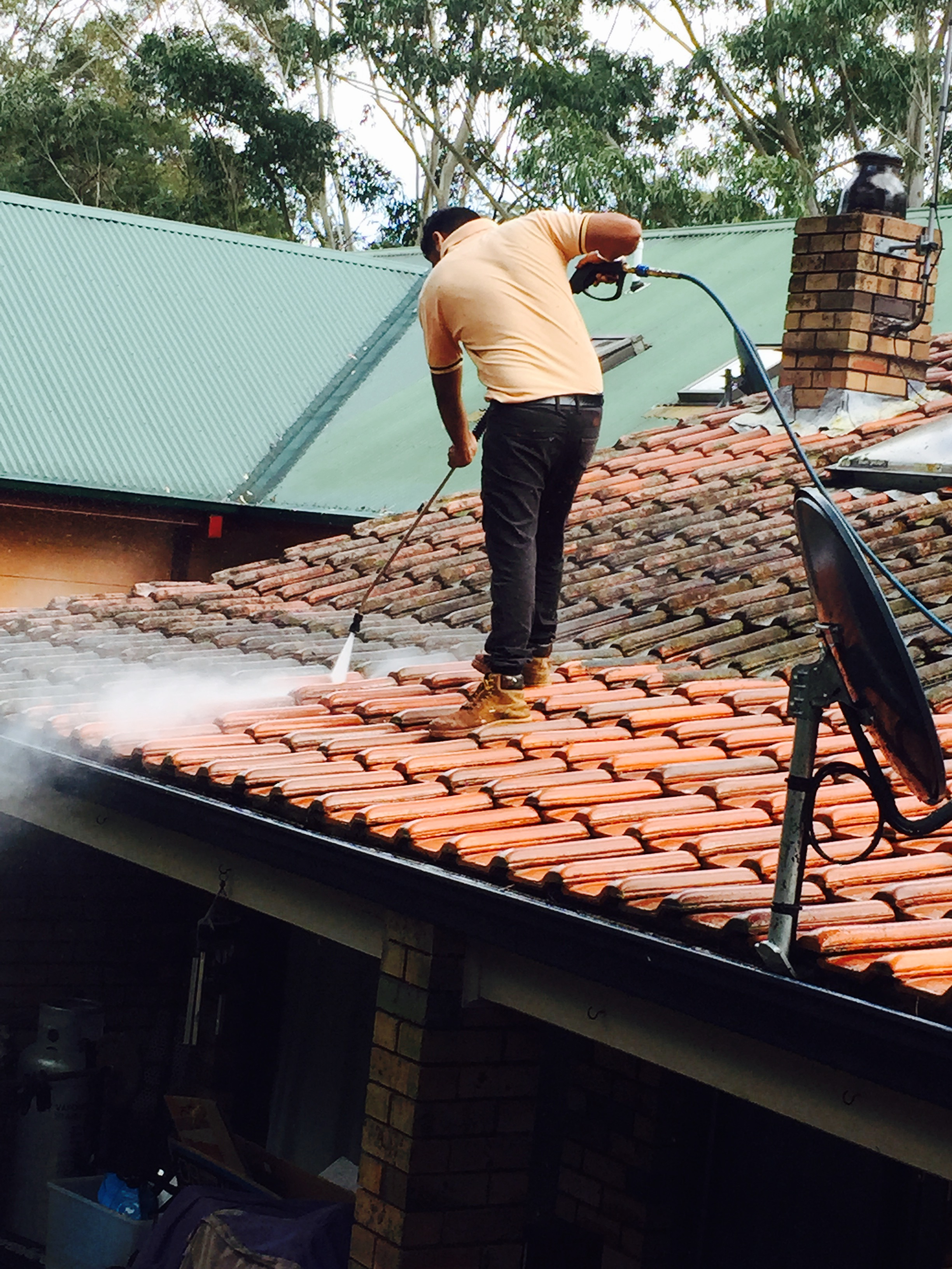 High Pressure Cleaning 1