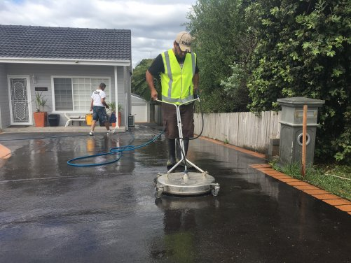 High Pressure Cleaning 4